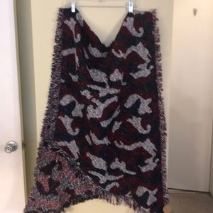 NWT women's American color camo winter shawl wrap